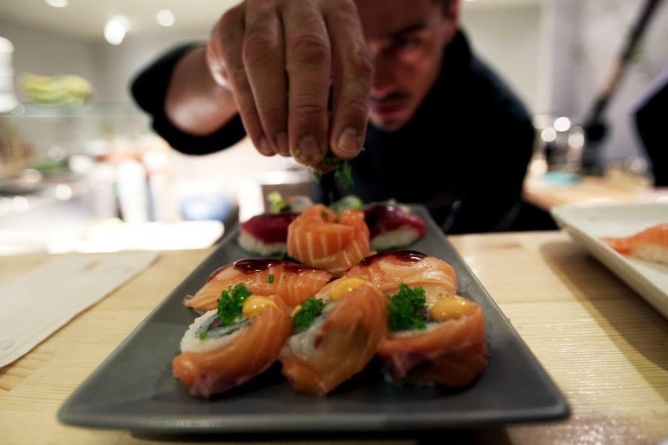 Koi Sushi Bar: Η απλότητα του μοντέλου «λύνει» τα χέρια του franchisee